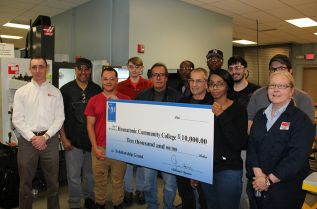 Gene Haas Scholarship Aids Manufacturing Students